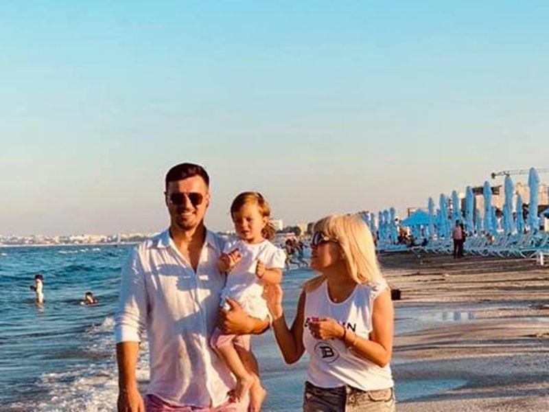 Elena Udrea, vacanță la mare! Cât costă camera în care s-a cazat? Sursă Facebook