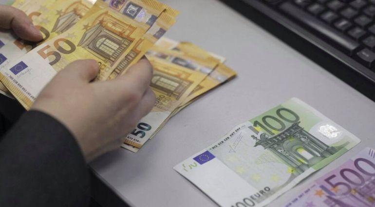 """Situație de-a râsul-plânsul la o bancă românească! Declarația halucinantă a unui client după ce a vrut să-și retragă banii din cont: """"Probabil că îmi voi face damblaua și mă voi..."""""""