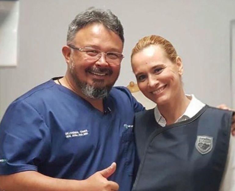 """Un stomatolog celebru a murit din cauza coronavirusului! Legături neașteptate cu Andreea Esca și familia acesteia: """"Cu durere în suflet..."""""""