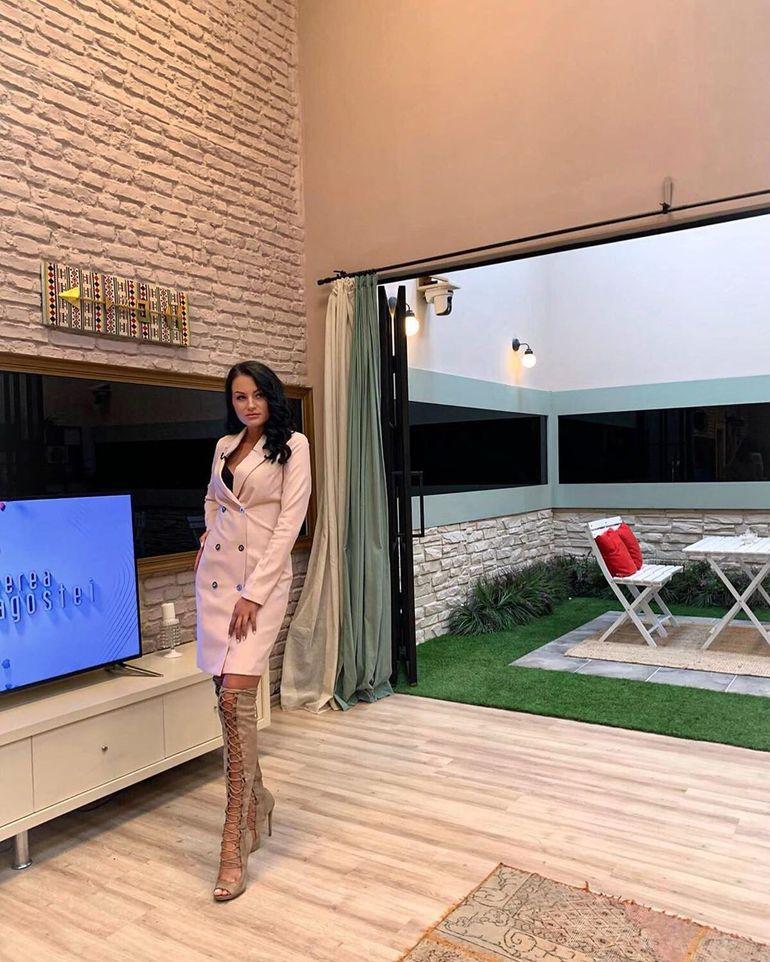 """Manuela Oprișiu, fosta concurentă de la Puterea Dragostei, despre Andreea Mantea """"Îmi pare nespus de rău..."""" VIDEO EXCLUSIV"""