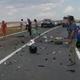 Impact mortal! Viața unui bărbat i-a fost luată într-o secundă. Mașina pe care o conducea, făcută praf de o betonieră