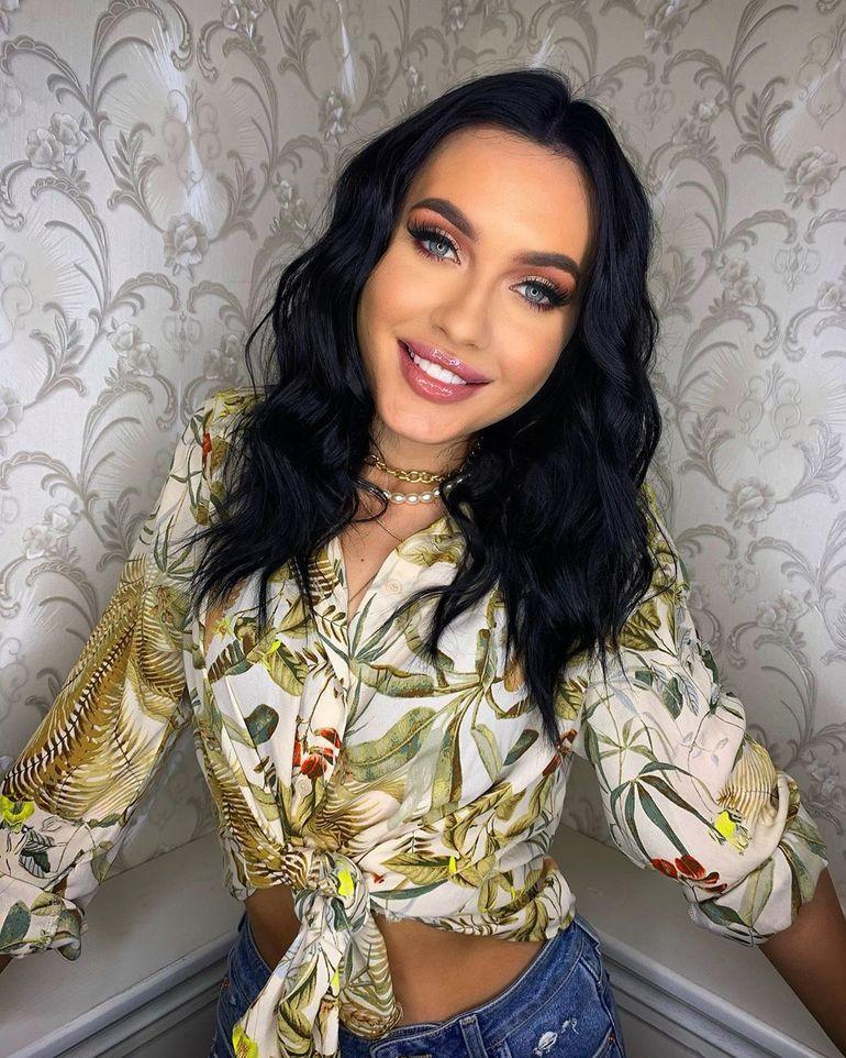 """Cât a câștigat Bianca Comănici într-un an la Puterea Dragostei? Un vlogger aruncă bomba """"Suma e uriașă"""""""