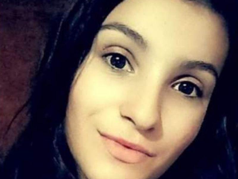 O tânără de 17 ani a plecat de acasă și nu s-a mai întors!