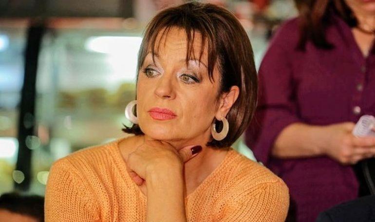 """Adriana Trandafir, primită cu aplauze la """"Te cunosc de undeva"""" după vindecarea de COVID! Artista a izbucnit în lacrimi"""