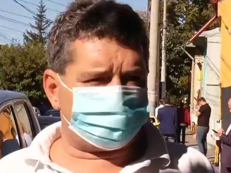 Un bărbat a rămas fără buletin după ce a votat la alegerile locale