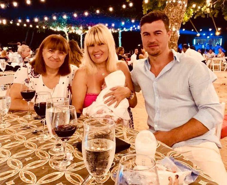 Elena Udrea, amănunte neștiute despre nașterea fetiței sale! A născut natural în 5 ore
