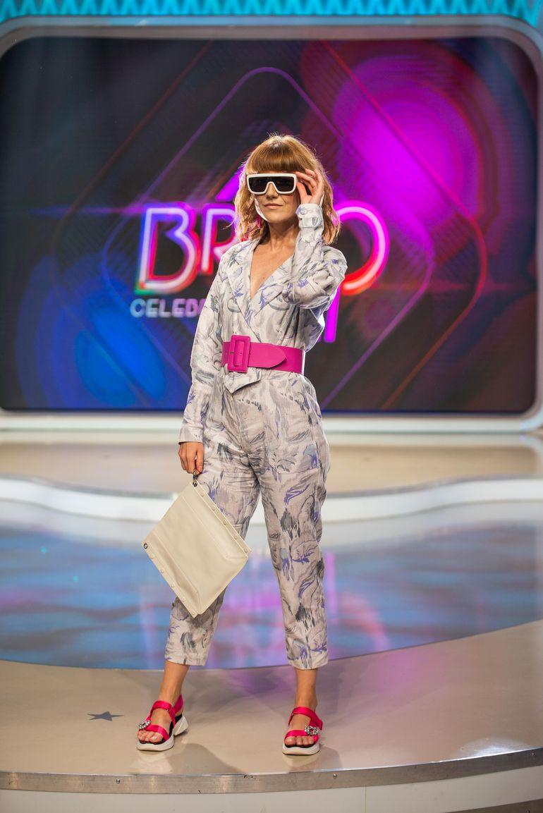 """In aceasta seara, de la ora 23:00, la """"Bravo, ai stil! Celebrities""""! Alexandra Ungureanu da iama in magazinele second hand sa isi caute … iubirea"""