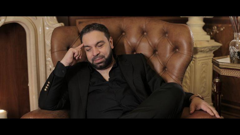 Suferința secretă a lui Florin Salam! Regele manelelor e aproape orb! Cântărețul nu mai vede să citească! Dezvăluiri exclusive