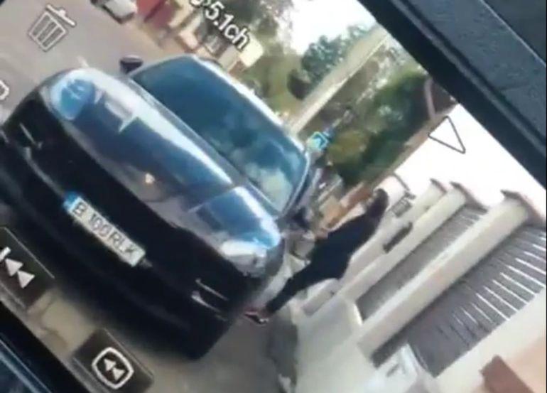 Imagini incredibile cu soția lui Pepe nervoasă, la volan. În ce ipostază a fost surprinsă Raluca Pastramă? VIDEO