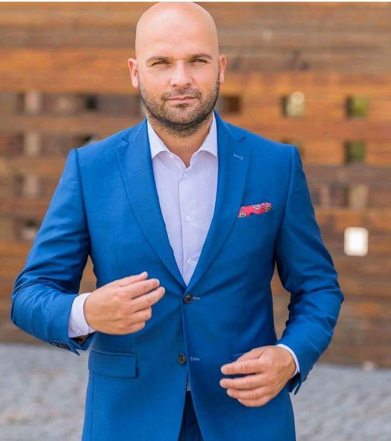 Andrei Ștefănescu a divorțat! Artistul a plecat de acasă