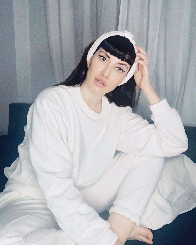 Iulia Albu, despre operaţiile estetice:
