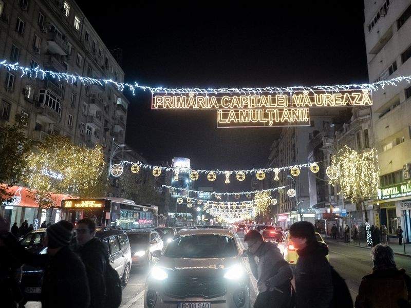Când se aprind luminiţele de Crăciun în Bucureşti
