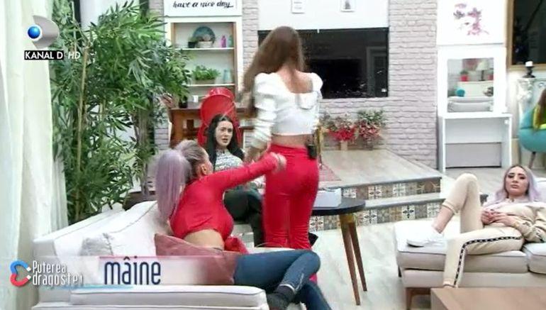 Puterea dragostei 10 decembrie. Cristina Mihaela a dat-o de gol pe Mariana? Cum încearcă să o dea afară pe Alexandra