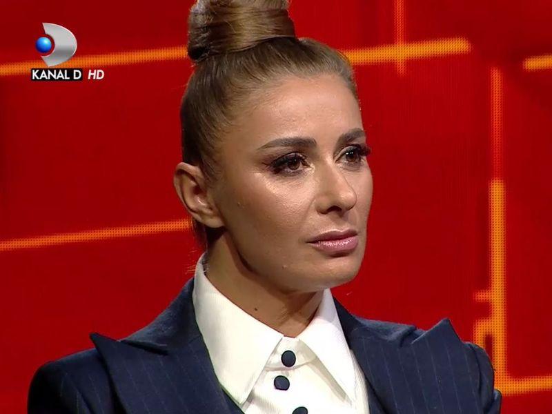 Anamaria Prodan plange