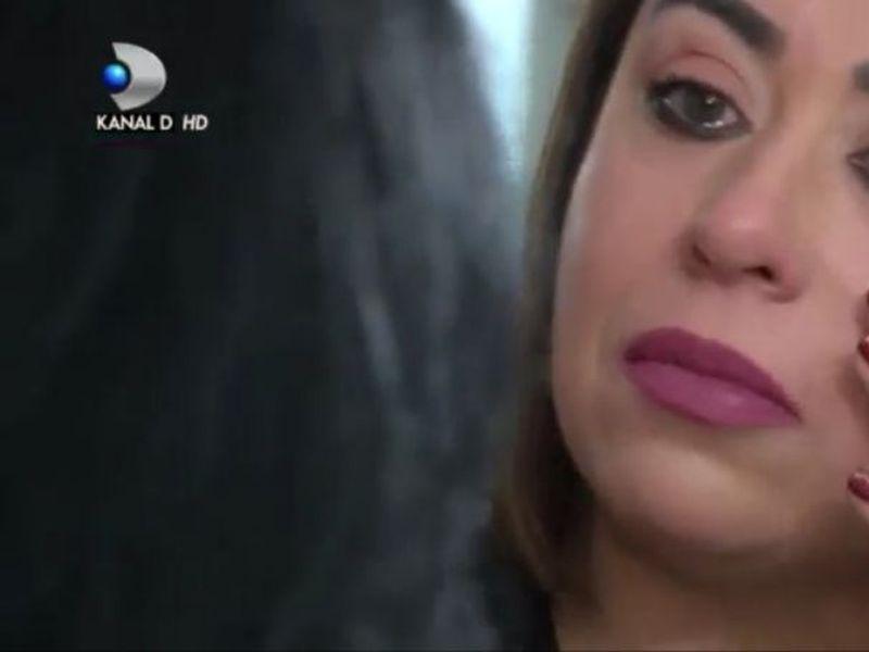 """Oana Roman, în lacrimi în cadrul emisiunii """"Trăiri alături de Andreea Mantea"""