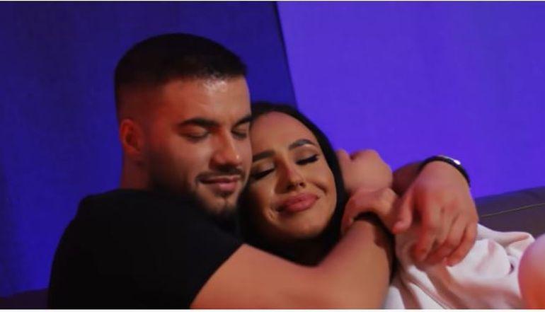 """Ella și Culiță Sterp, surprinși în ipostaze tandre, înainte de plecarea lui la """"Survivor România"""" VIDEO"""