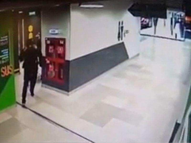 Tentativă de viol în toaleta unui mall din București