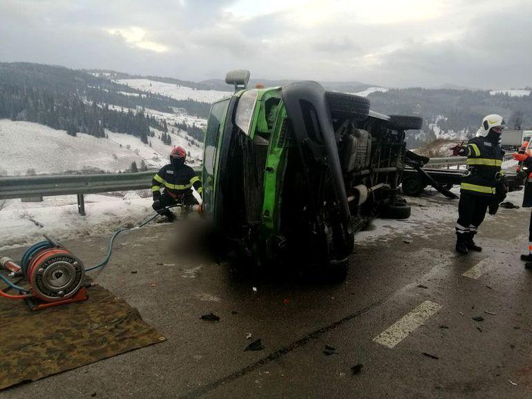 Accident în Suceava! Două persoane au murit, iar alte alte două sunt rănite
