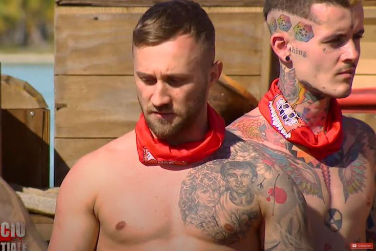 """Drama lui Cosmin Stanciu de la Survivor România 2021, sezonul 2. Tatuajul de pe piept îi spune povestea: """"Amândoi au murit!"""""""