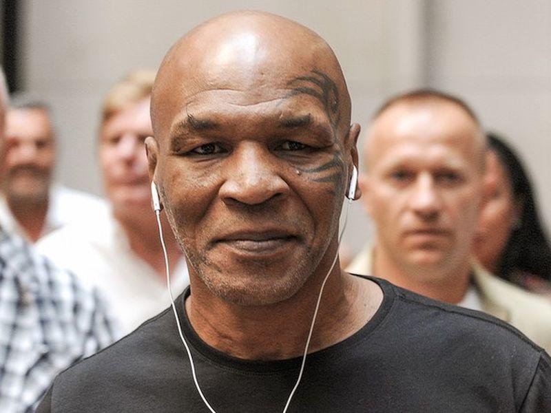Mike Tyson a utilizat marijuana înaintea unui meci