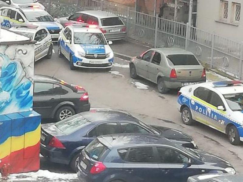 Un tânăr a fost înjunghiat mortal pe stradă în București