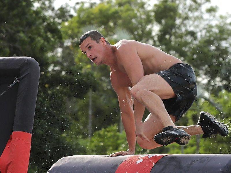 Lucian Barbu, Războinicul de la Survivor România, revine în țară, după accidentarea suferită în timpul competiției