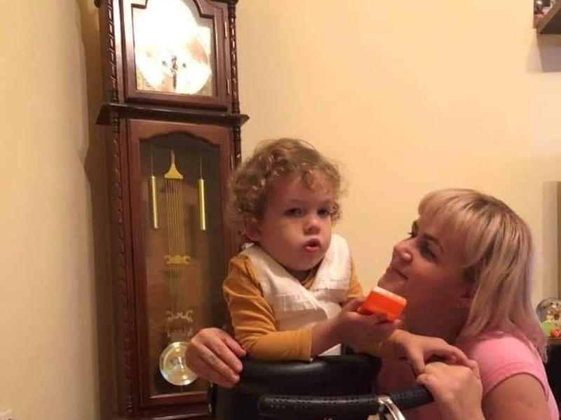 Ștefan are nevoie de ajutorul nostru! Băiețelul de trei anișori suferă de o boală rară, iar tratamentul costă 2,1 milioane de dolari