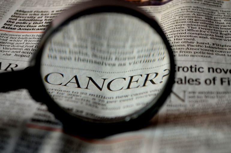 Virusul SARS-CoV-2 tratează cancerul? Ce a pățit un bolnav de cancer după ce s-a infectat cu coronavirus