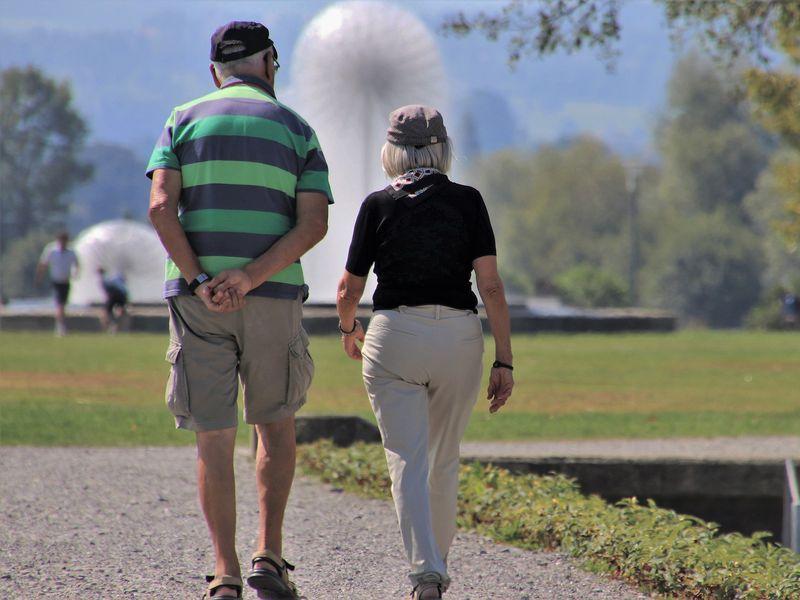 Pensii 2021. Cine sunt românii care pot ieși la pensie cu 15 ani mai devreme