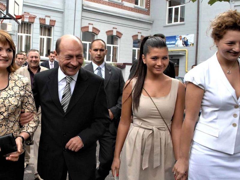 Familia Basescu