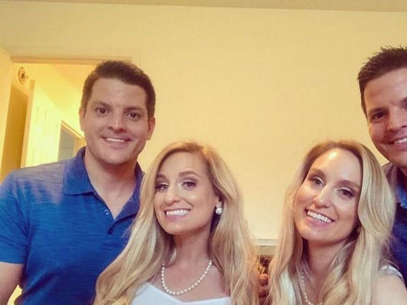 Brittany și Briana, alături de soții lor