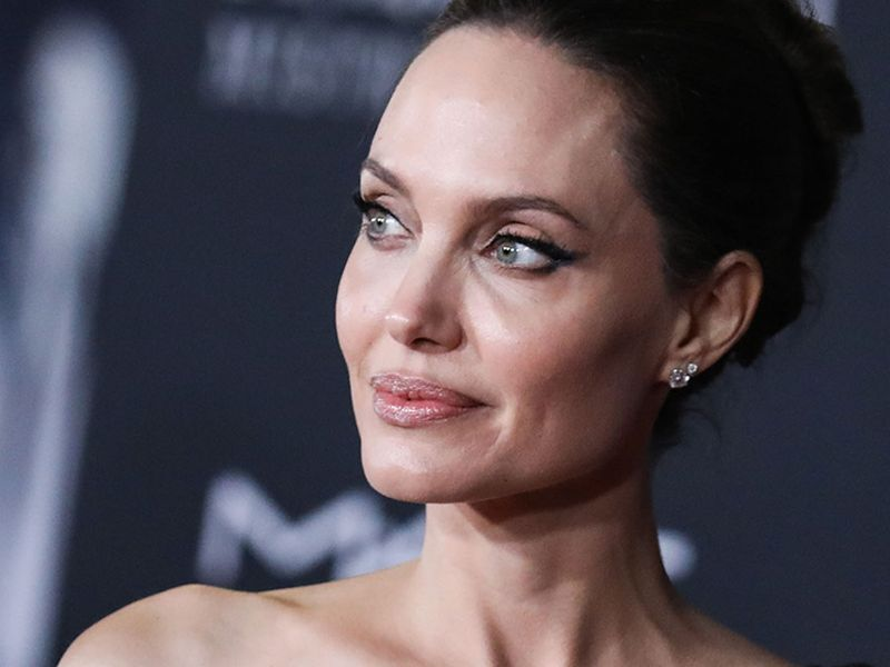 Angelina Jolie a trecut printr-o perioadă dificilă, după divorțul de Brad Pitt! Declarații cutremurătoare