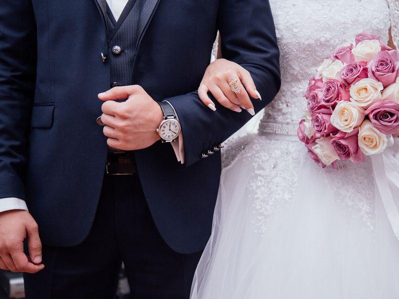 Cautand femeia iraniana pentru nunta