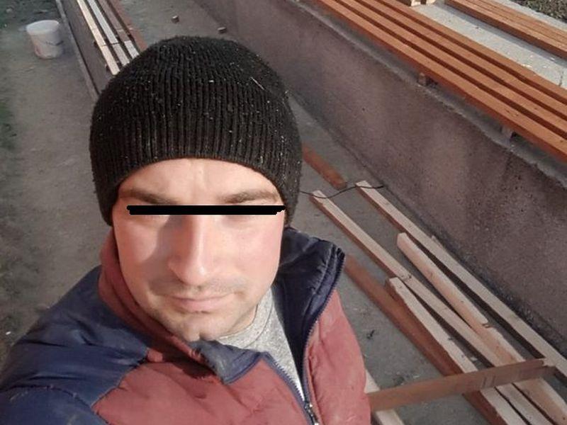 Cine este, de fapt, agresorul din Hunedoara?! Primele imagini cu bărbatul care a trântit la pământ un copil de 13 ani