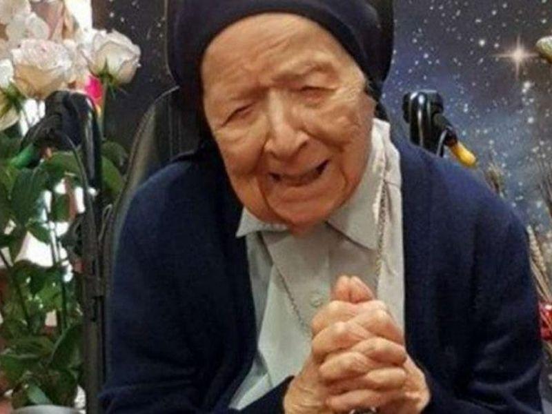 Călugărița care s-a vindecat de COVID-19 la 117 ani! Povestea incredibilă a femeii