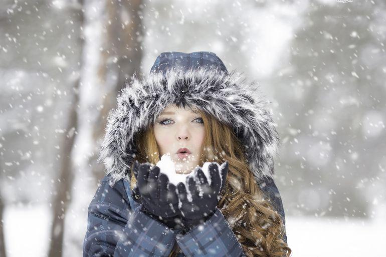 Iarna își reintră în drepturi! Meteorologii au emis două atenționări de vreme rece în România. În București, temperaturile scad și cu 18 grade