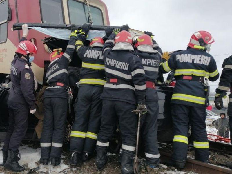 Urmările accidentului de duminică de la Vlădeni.