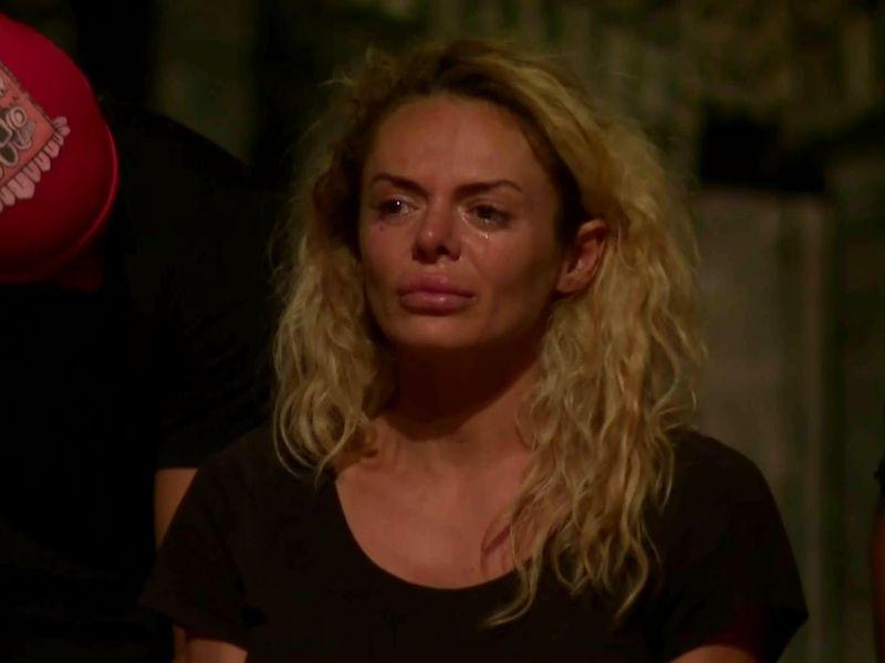 Simona Hapciuc, la un pas de eliminare din competiția Survivor România.
