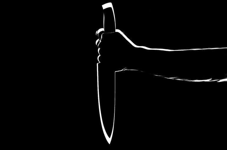 """Caz șocant de canibalism! Un bărbat și-a ucis vecina, i-a gătit inima în tocăniță  și și-a forțat familia să mănânce: """" Să îi elibereze de demoni"""""""