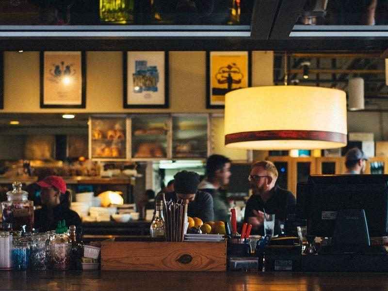 Restaurantele riscă să fie închise