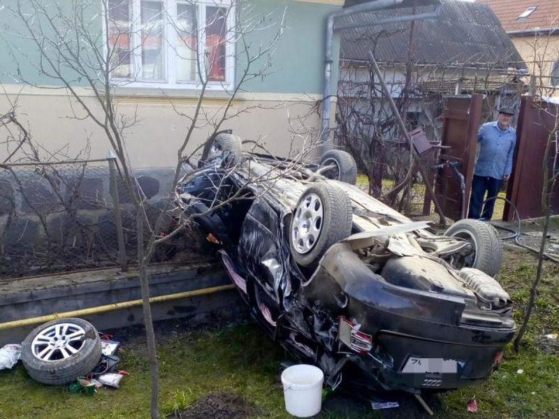 Accident mortal în Mureș! Un bebeluș de șase luni a murit, după ce mașina în care se afla s-a răsturnat