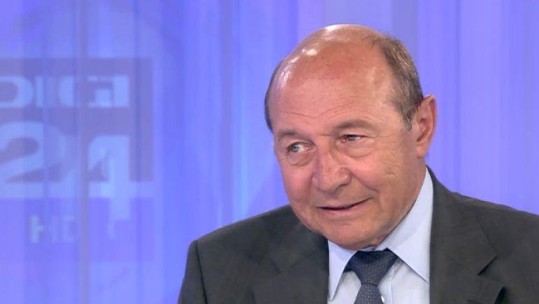 Se închid școlile din nou?! Trăian Băsescu face anunțul momentului despre perioada următoare:
