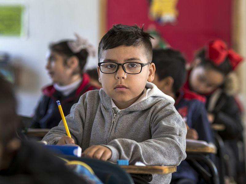 Mai mulți elevi de clasa a II-a sunt terorizați de învățător! Incredibil ce limbaj folosește cadrul didactic: