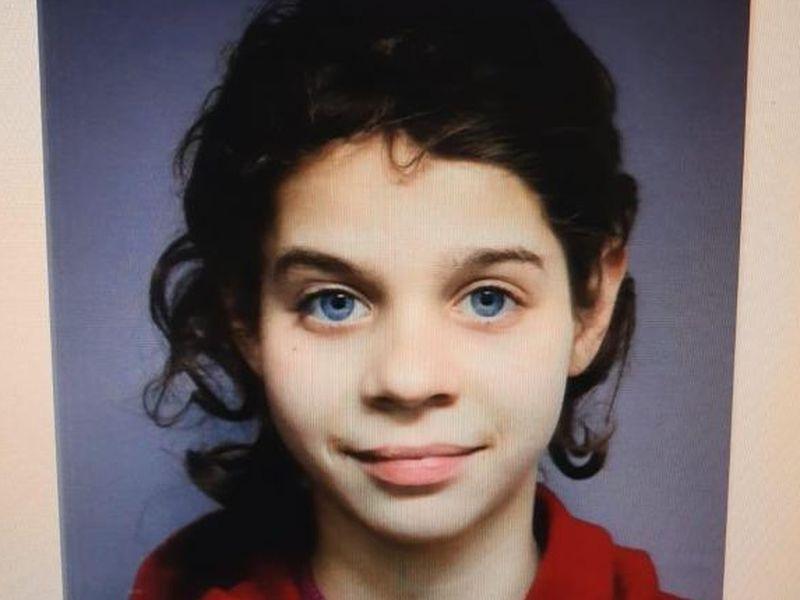 O tânără de 14 ani din Blândeşti, Botoşani a dispărut fără urmă! Familia o caută neîncetat