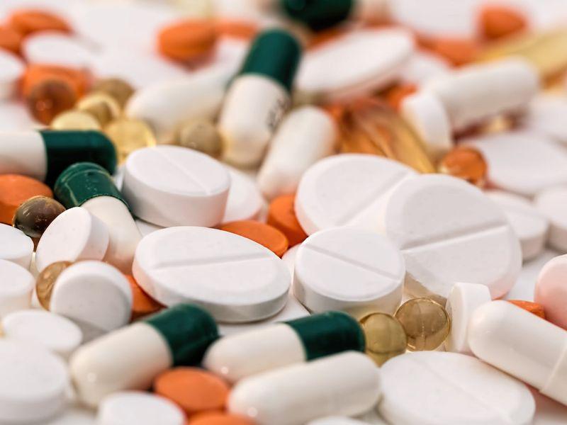 O companie farmaceutică anunță rezultate promițătoare al unui medicament împotriva coronaviruslui