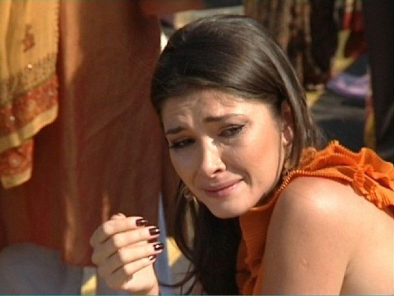 Alina Pușcaș a ajuns pe mâinile medicilor! Prezentatoarea de televiziune s-a accidentat grav la schi: