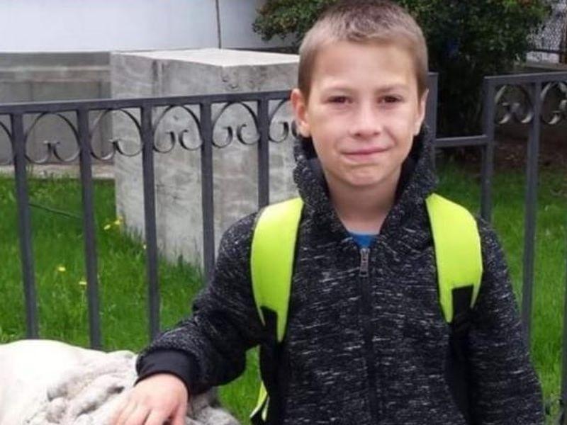 Un băiat de 10 ani din județul Prahova a dispărut fără urmă! Familia îl caută neîncetat