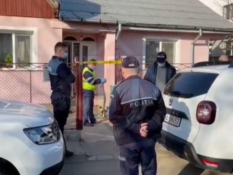 Un ăeșean și-a ucis mama cu sânge rece