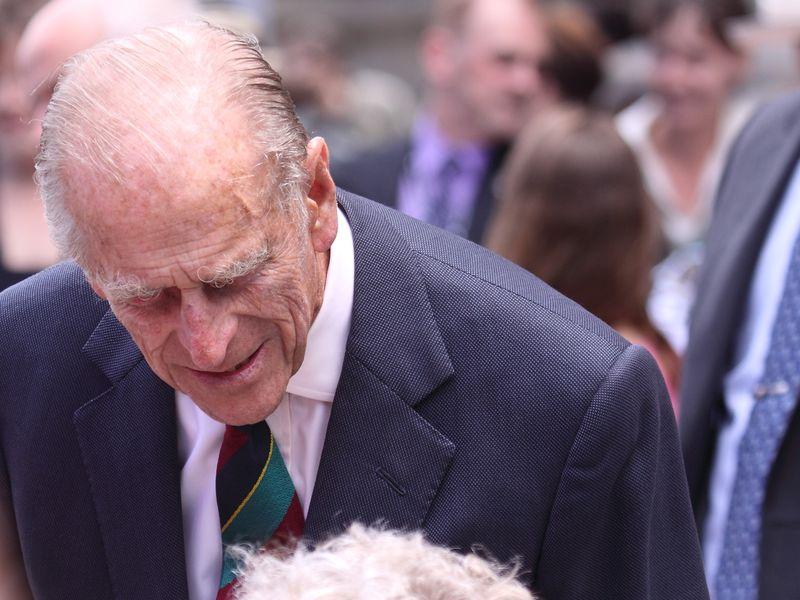 Prințul Philip a fost operat pe inimă la 99 de ani