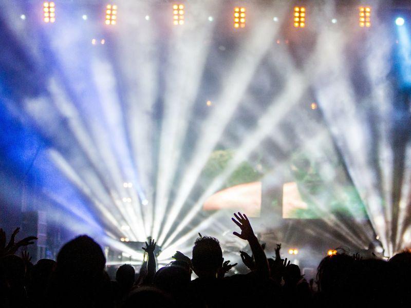 Cum vor putea participa românii la evenimente anul acesta? Ministrul Culturii a făcut anunțul momentului